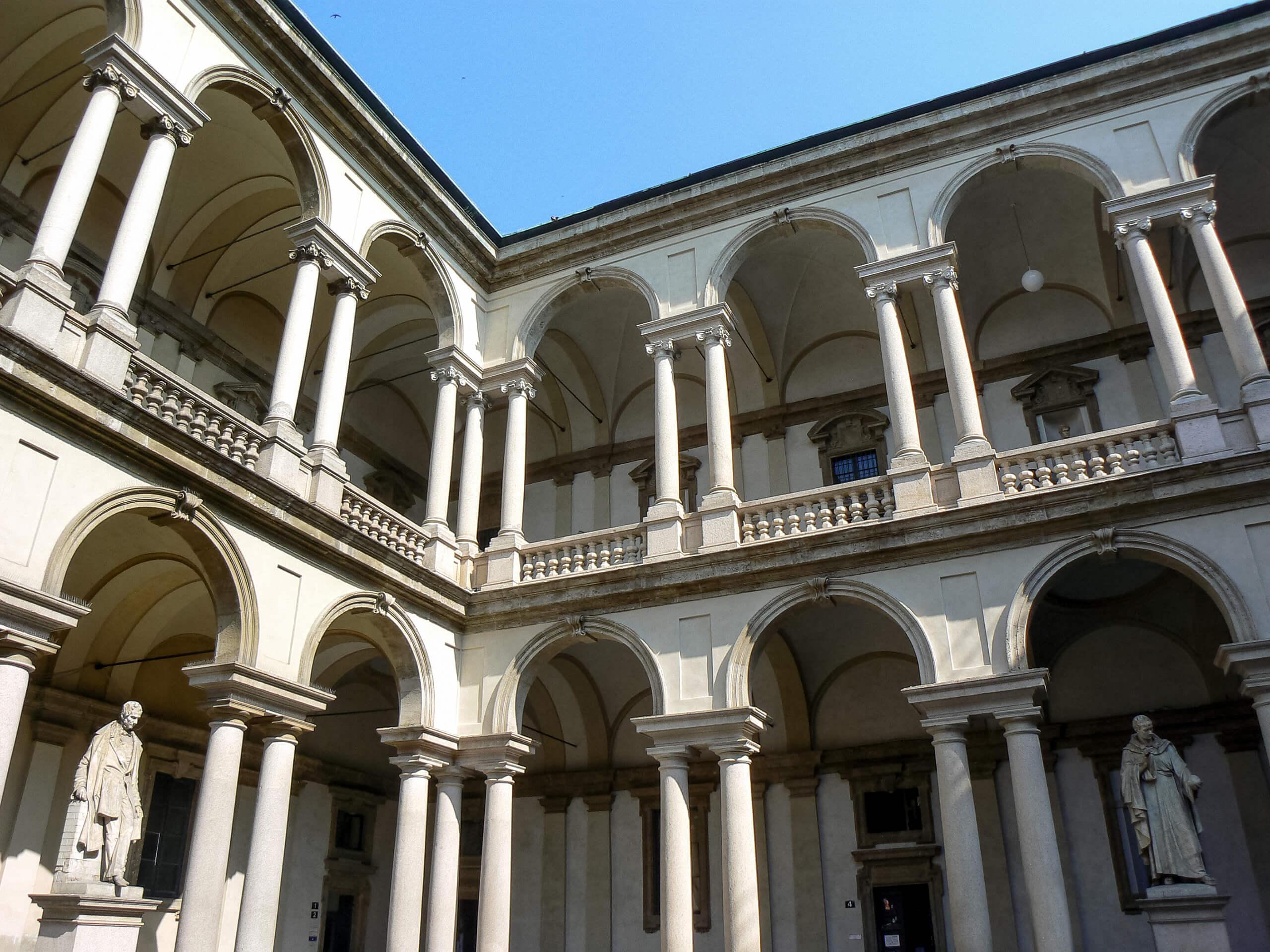 Hotel Milano Via Piero Della Francesca